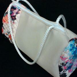 La gamme fleurie: Le sac à main. Soyez belle pour le printemps