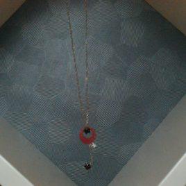 Collier pendentif sequin émaillé
