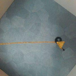 Collier pendentif sequin émaillé  et rond en cuir