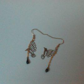 Boucles d'oreilles estampe oiseau doré et goutte émaillée
