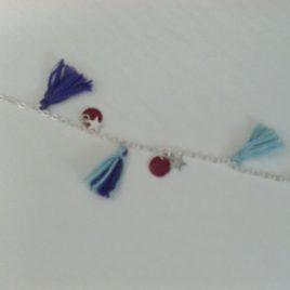 Bracelet pompons et sequins émaillés