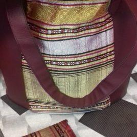 Sac en simili cuir bordeaux et toile imprimée tunisienne