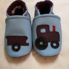 """Mes jolis chaussons """"Vroum le tracteur"""""""